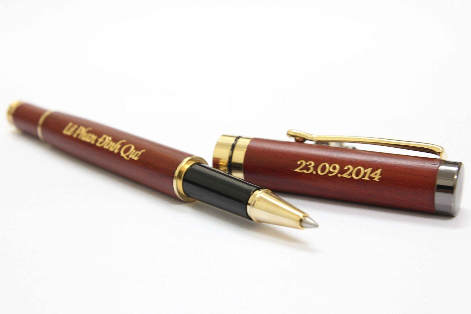 khắc trên bút kí đẹp giá rẻ nhất hà nội