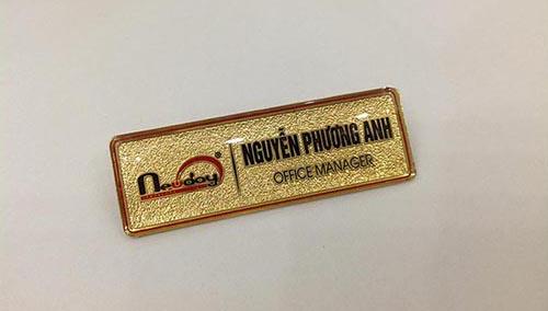 thẻ tên ăn mòn đồng mạ vàng đẹp giá rẻ chất lượng nhất hà nội